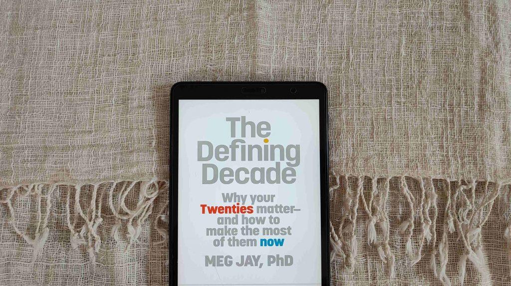 buku the defining decade oleh meg jay